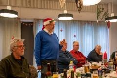 Lars holder tale. Foto: Karen Bjerggaard