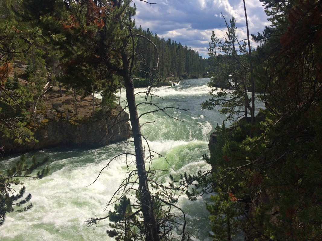 IMG_3975_b-Upper-Falls-of-the-Yellowstone
