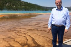 IMG_3764_b-Grand-Prismatic-Spring-and-Lars
